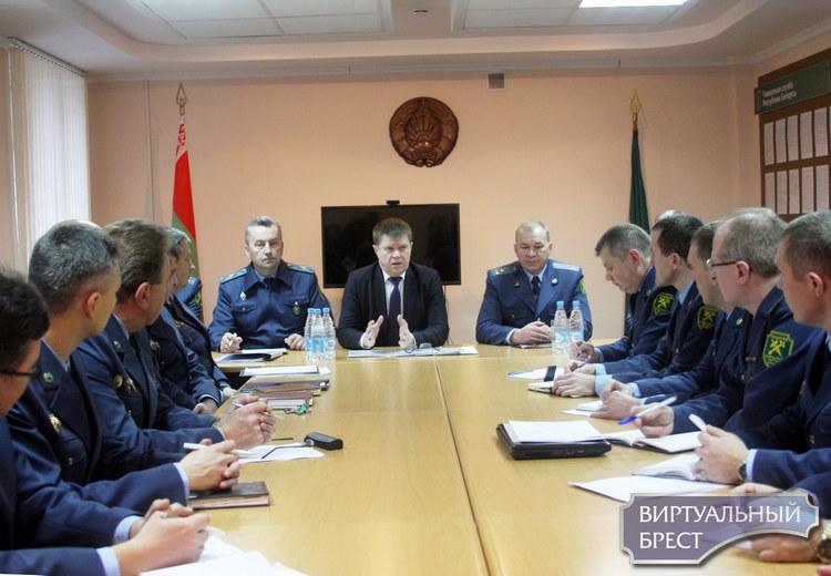 Председатель ГТК Юрий Сенько с рабочим визитом посетил таможенный пост «Пинск» и пункт пропуска «Верхний Теребежов»