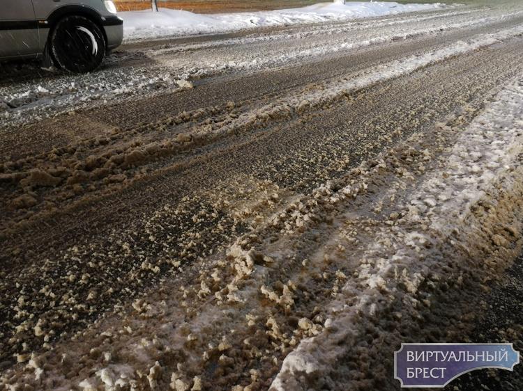 Уборка снега в любой части города – наша общая задача!