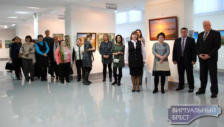 В Бресте работает выставка картин художников из Березы и Березовского района