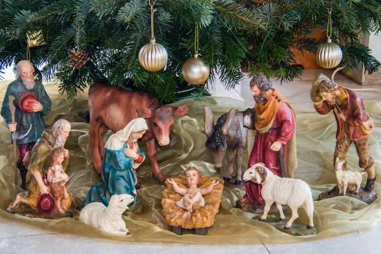 Поздравление верующих, празднующих Рождество Христово по Григорианскому календарю