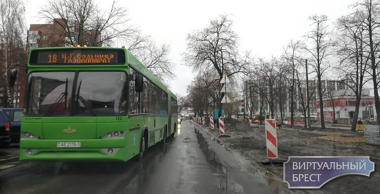 Бульвар Космонавтов снова перекрыли, но уже в другом месте