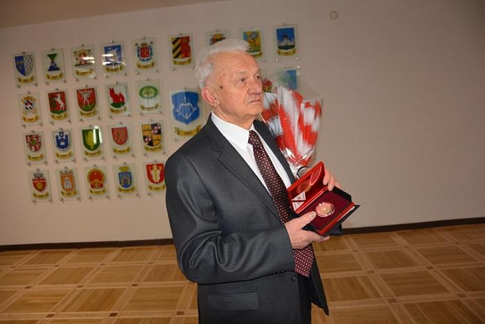 Ивану Венцелю – 80 лет. В Бресте чествовали председателя горисполкома 1988-1995 г.