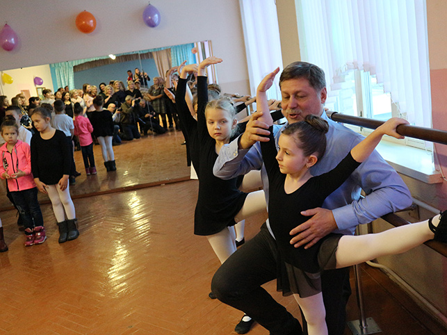 Гедиминас Таранда открыл в Давид-Городке балетный класс