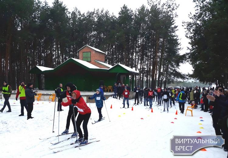 Соревнования по биатлону «Снежный снайпер» прошли в Бресте