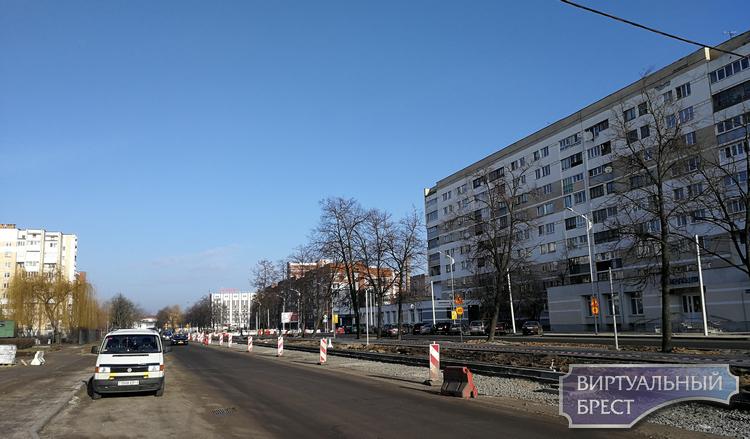 Продолжается реконструкция бульвара Космонавтов. Как это выглядит без деревьев?