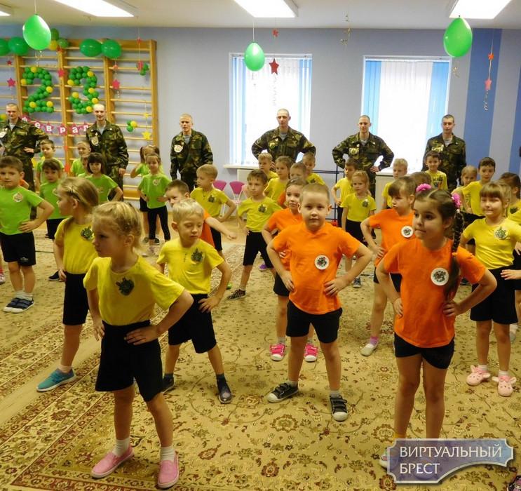 Праздник для маленьких защитников Отечества в Бресте