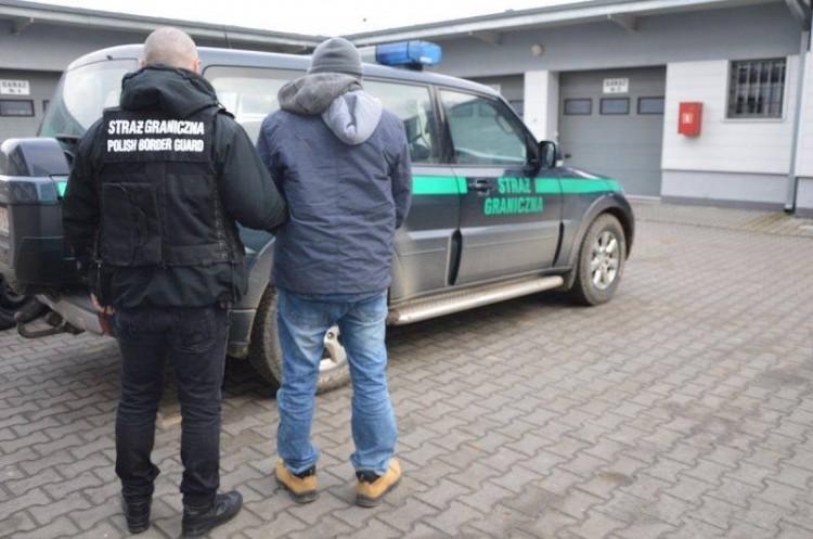 Поляки задержали членов преступной группы, занимающихся переправкой сигарет через Буг