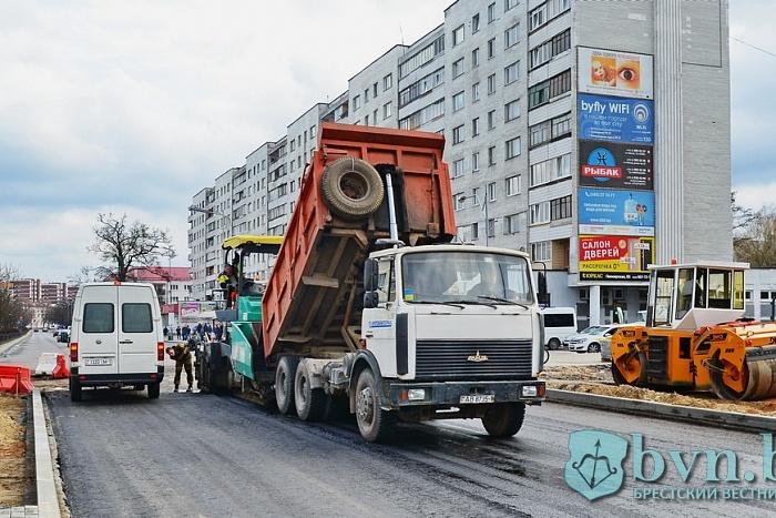 Новый асфальт, светодиоды и велодорожка появятся на бульваре Космонавтов