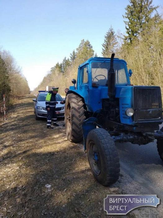 «Нетрезвого» тракториста в ходе проверки АПК выявила рейдовая группа в Ганцевичском районе
