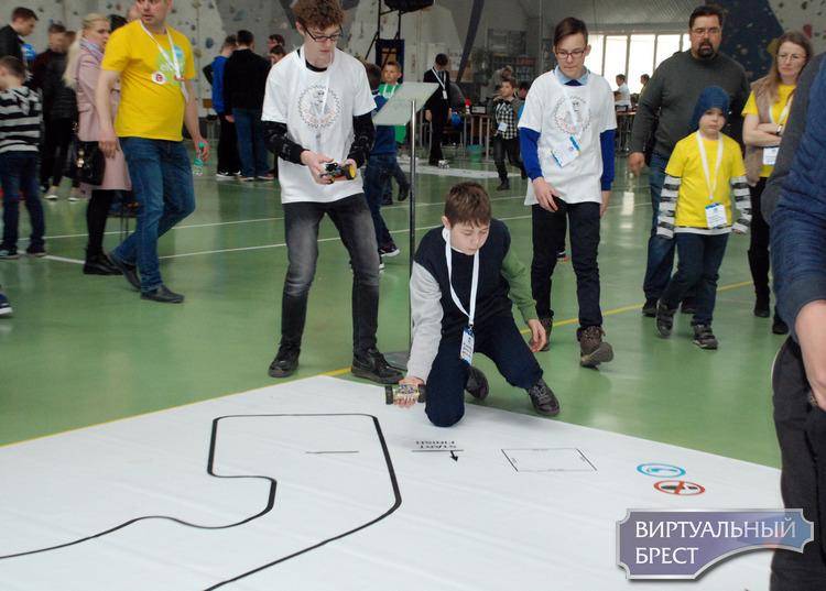 Пятый день Второй недели инноваций КУБ прошел на территории манежа  в Бресте