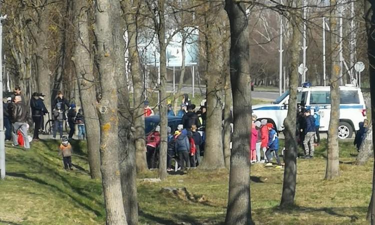 В Иваново пьяный на БМВ уходил от погони, задержали его на детской площадке