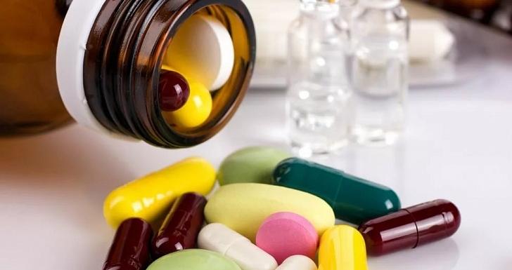 Как правильно ввезти лекарство через границу