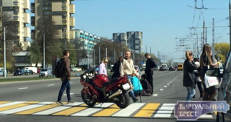 Опубликовано два видео, как произошел наезд на пешеходов