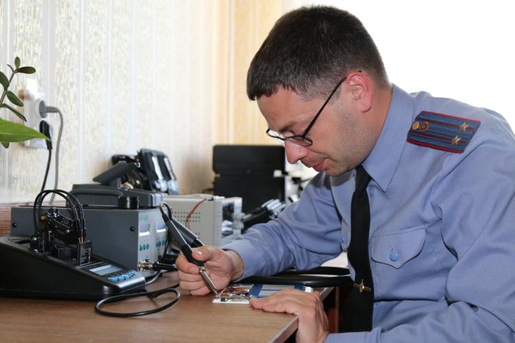 Покупка мобильного телефона через интернет-магазин обернулась для жителя Каменецкого района неприятностью