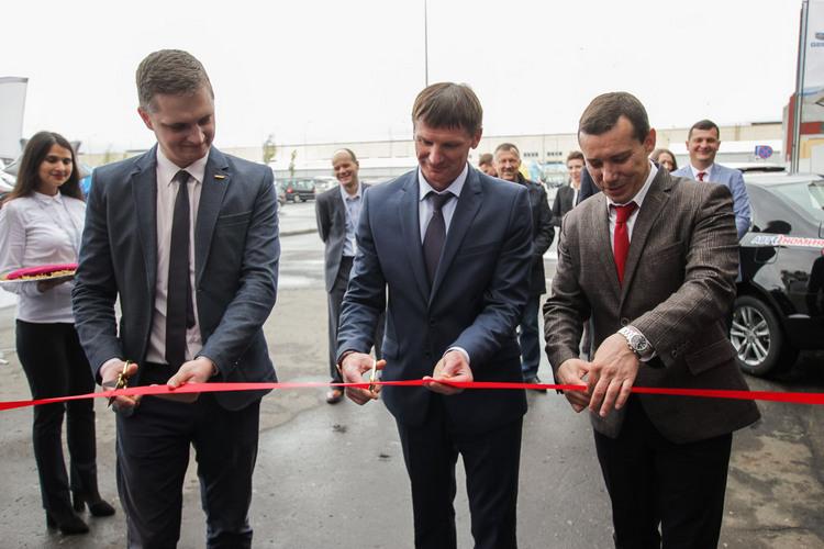 Первый в республике региональный сервисный центр GEELY открылся в Кобрине