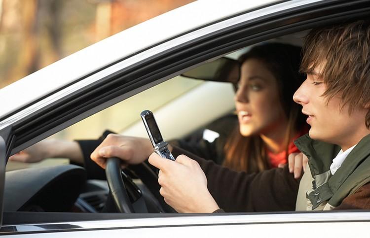 Несовершеннолетние «бесправники» за рулём авто в Столинском районе - это просто беда!
