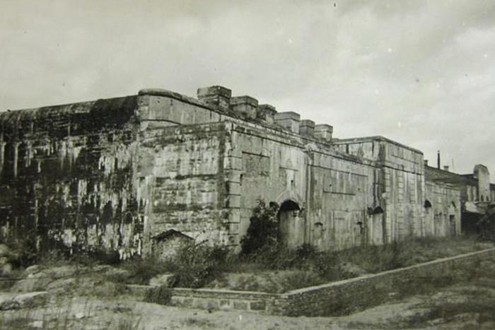 Форт ІІІ или «Граф Берг»? Где водрузили знамя над освобожденным Брестом