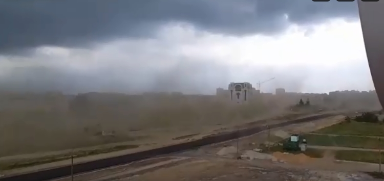 Пылевой шторм в Бресте буквально сдул Парк Тысячелетия