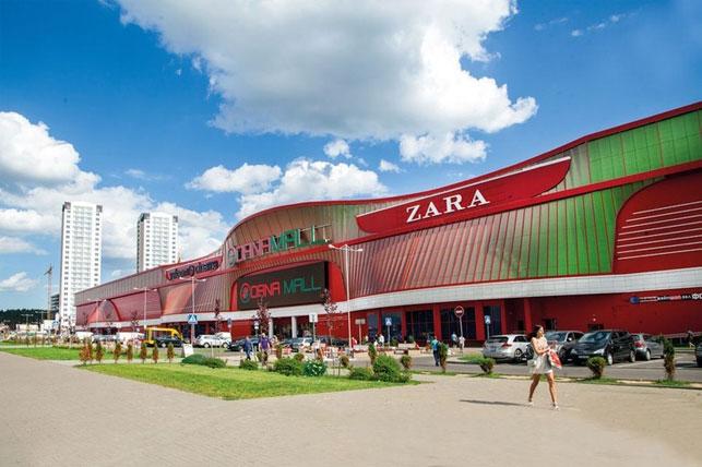 Крупнейший в Беларуси торгово-развлекательный центр Dana Mall - рай для приятного шопинга и самых разнообразных развлечений