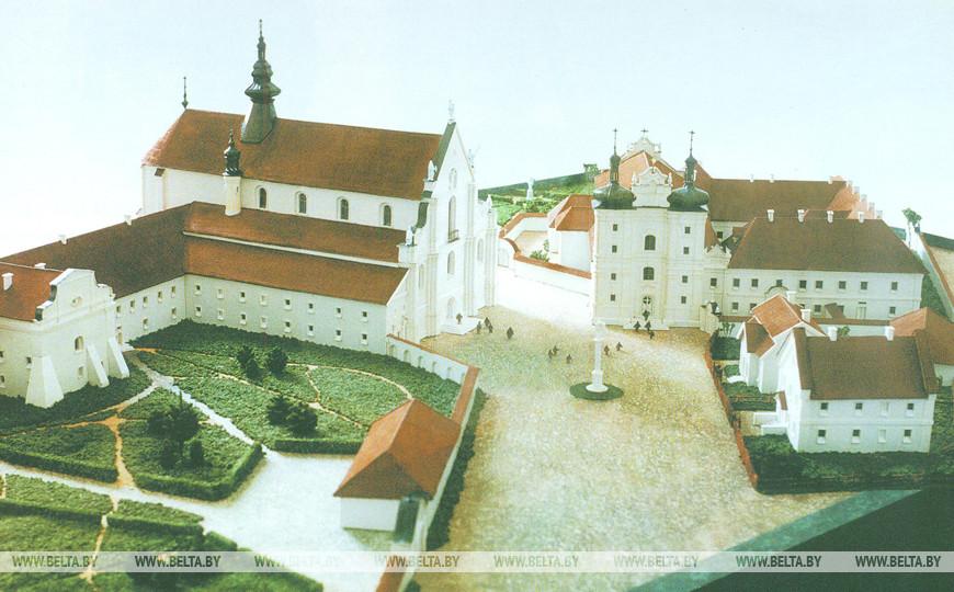 Макет комплекса Бернардинских монастырей и костелов, Н. Власюк, 1998 г. (Музей истории города)