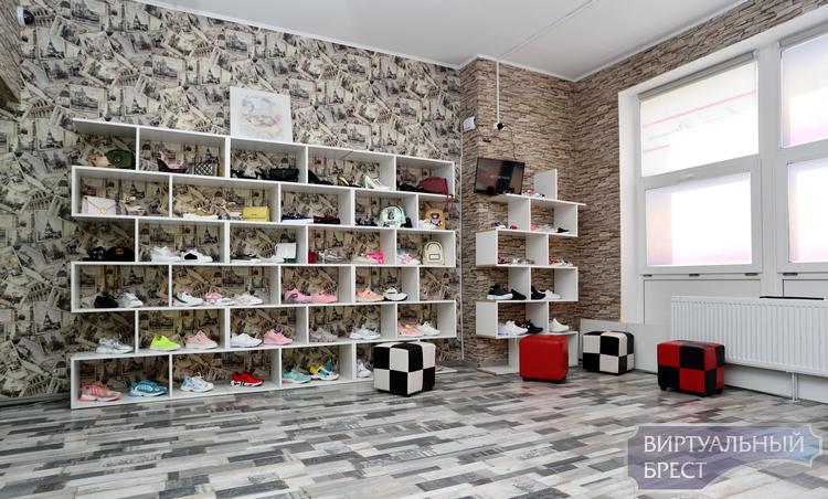 Фотофакт: в Бресте открылся пункт самовывоза интернет-магазина «Милочка Добрынина»