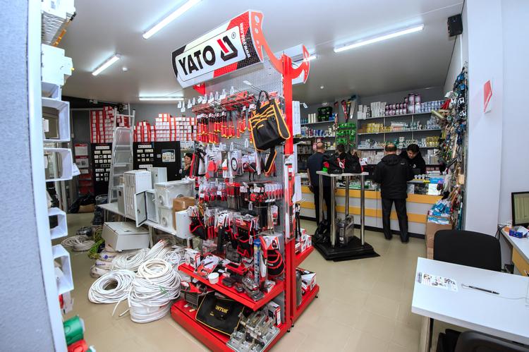 Рассказываем и показываем самые большие (по ассортименту) магазины электрики в Бресте