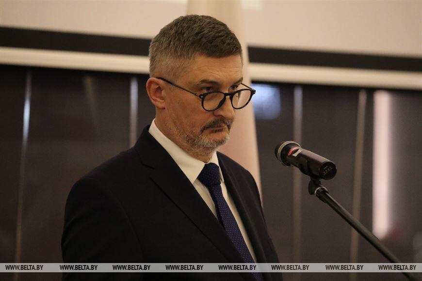 Чрезвычайный и Полномочный Посол Польши в Беларуси Артур Михальский