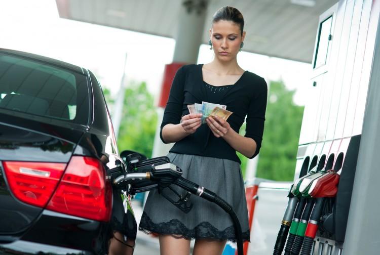 В 4 раза повышены ставки акцизов на автомобильные бензины и дизельное топливо