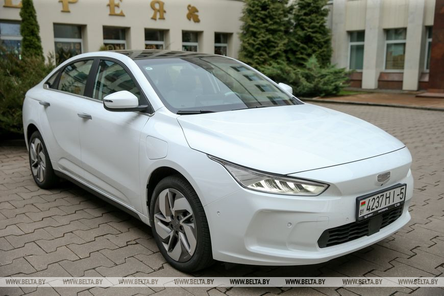 """""""БЕЛДЖИ"""" готов рассматривать выпуск электромобилей при продаже 5-10 тыс. авто в год"""