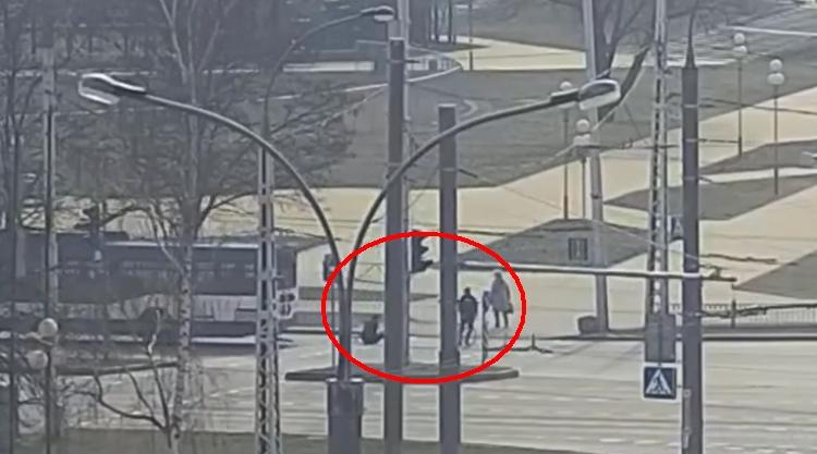 Троллейбус сбил велосипедиста в Брест на Московской. Классика жанра