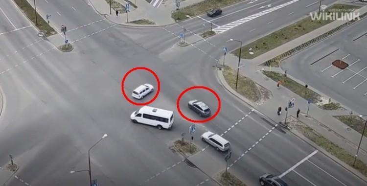 Типичное и жёсткое ДТП произошло на перекрёстке Сальникова и Махновича сегодня