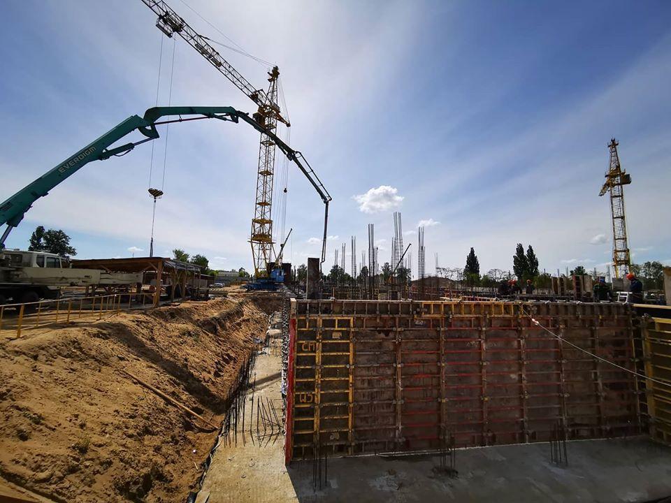 В Бресте продолжается строительство нового медицинского центра на Вульке