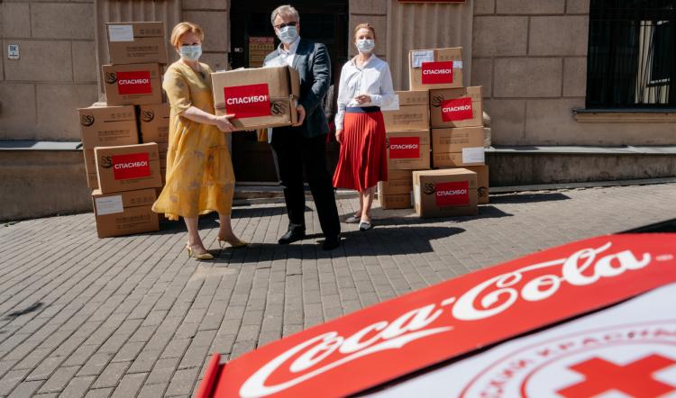 47600 респираторов для медиков закупили Белорусский Красный Крест и The Coca-Cola Foundation