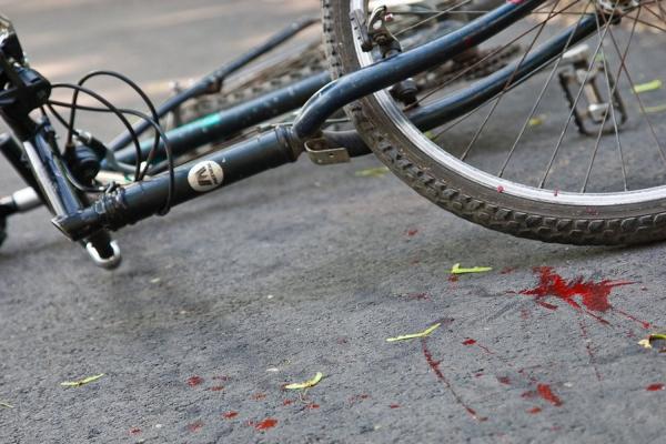Водители повально не замечают велосипедистов и сбивают их. Да, опять