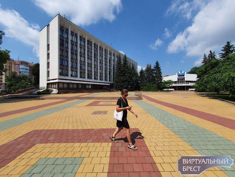 25 июля работают «прямые телефонные линии» Брестского горисполкома и администраций Ленинского и Московского районов г. Бреста