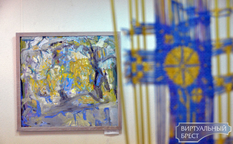 На выставке «Брест по-белорусски и по-французски» показали работы наших художников