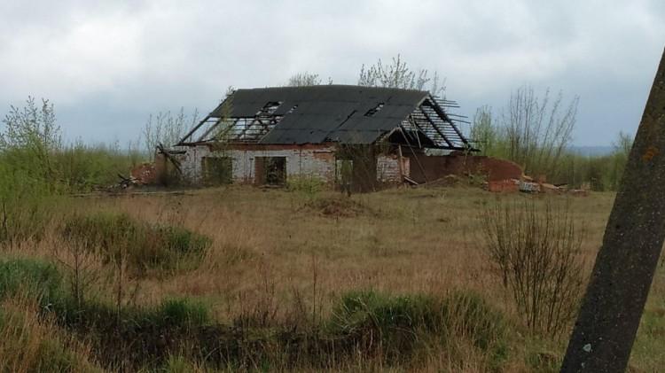 По предписанию прокуратуры Пружанского района снесено здание в аварийном состоянии