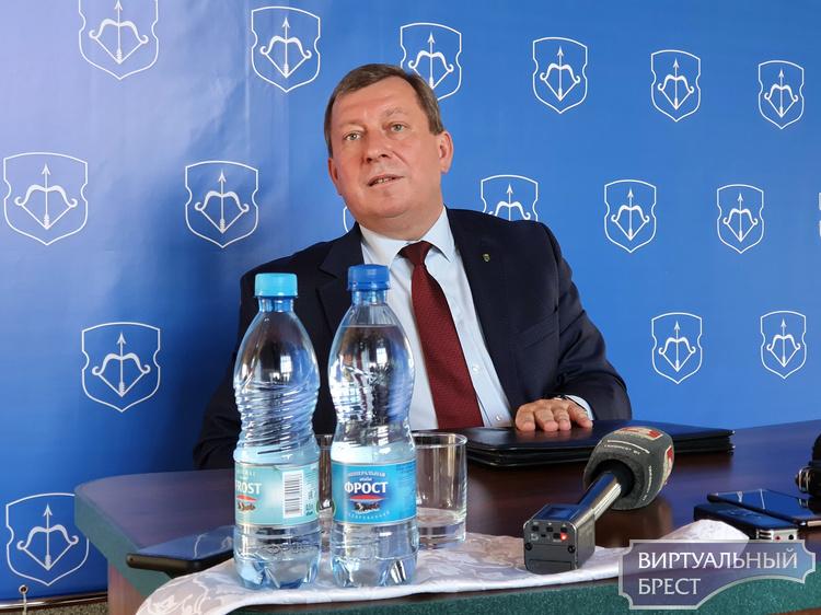 Рогачук рассказал, как болел коронавирусом: «Десять дней лечили, делали капельницы»