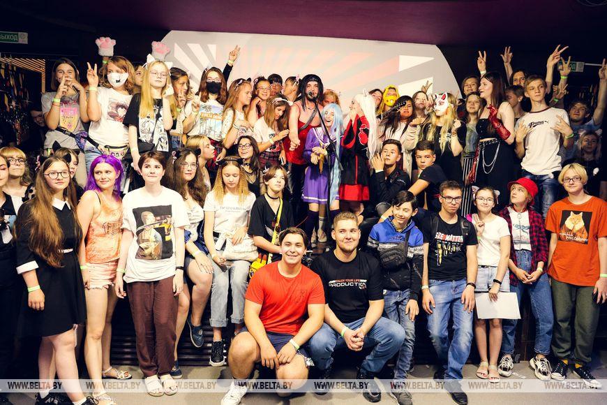 """Летний аниме-фестиваль """"Кампай Брест"""" внезапно провели в городе. И чемпионат по Just Dance"""