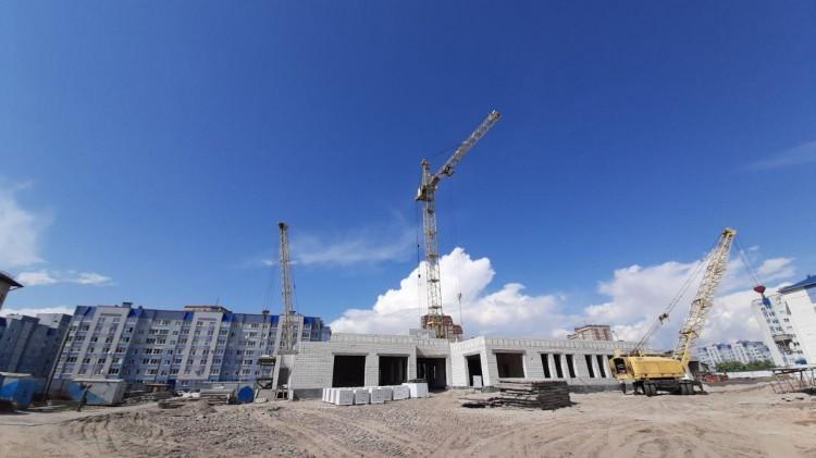 Рогачук показал, как строится первый в Бресте детский сад, встроенный в жилой дом