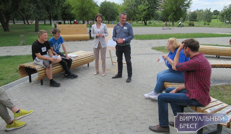 В Бресте изучат «Особенности работы волонтеров с людьми с инвалидностью»