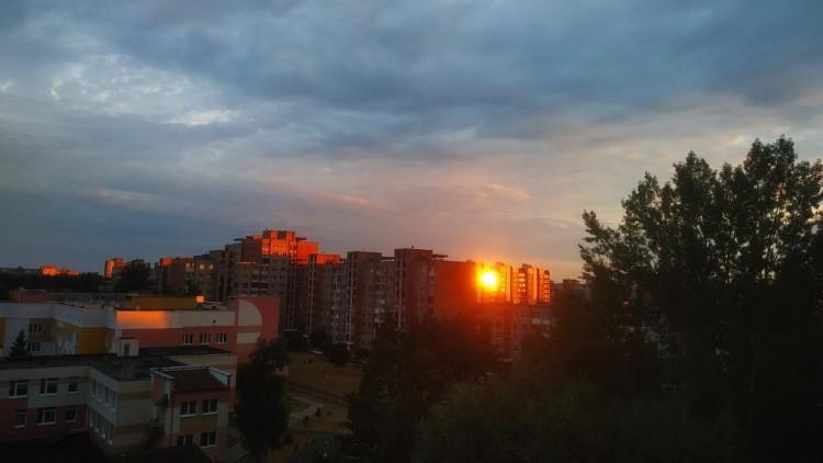 Ну и закатище вчера был, просто огненно-красный и невероятно красивый