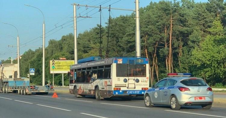 Из-за ДТП остановилось движение троллейбусов на Востоке