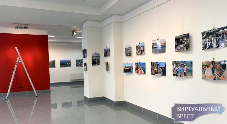 Фотовыставка Ирины Шепелевич проекта «От Бреста к Брестам» открылась сегодня в городе