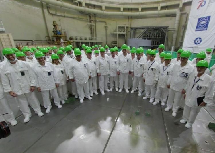 В Минэнерго показали, как идёт процесс загрузки топлива в ядерный реактор БелАЭС